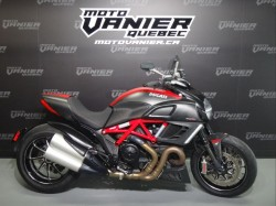 DIAVEL CARBON 2011 DUCATI