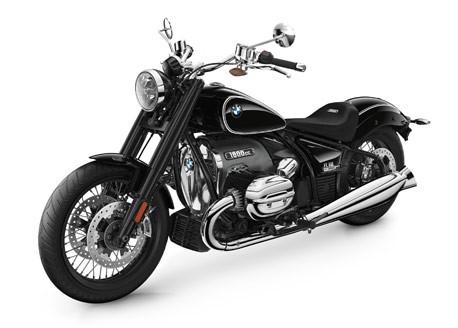 R18 2021 BMW